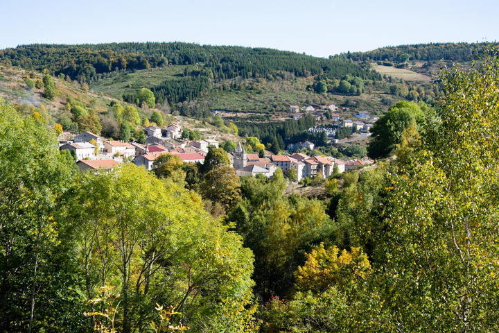 Village de Saint Cirgues en Montagne